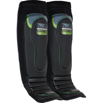 Шингарды Bad Boy Pro Series 3.0 - Black/Green